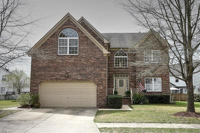 Suffolk Single Family Home For Sale: 6804 Burbage Landing Cir