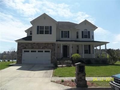 Chesapeake Single Family Home For Sale: 4023 Grand Isle Dr