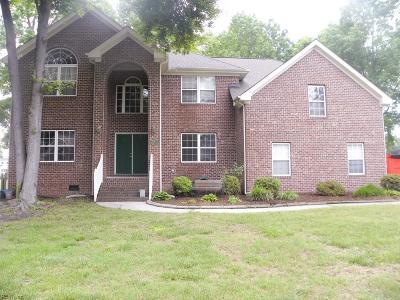 Chesapeake Single Family Home For Sale: 1409 Eaglestone Arch