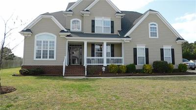 Suffolk Single Family Home For Sale: 2103 Fieldbrook Pl