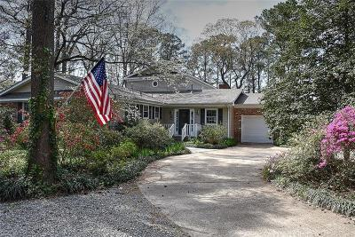 Virginia Beach Single Family Home New Listing: 921 Queen Elizabeth Dr