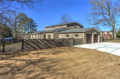 Virginia Beach Single Family Home New Listing: 511 Cedar Ln