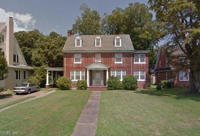 Hampton Single Family Home For Sale: 3213 Chesapeake Ave