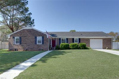 Portsmouth Single Family Home New Listing: 404 Holloway Dr