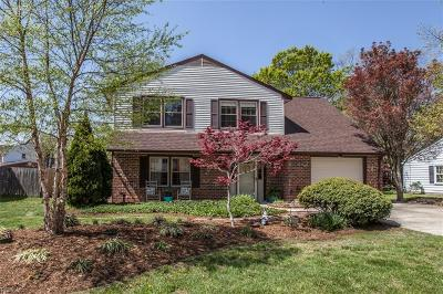 Hampton Single Family Home New Listing: 219 Commodore Dr