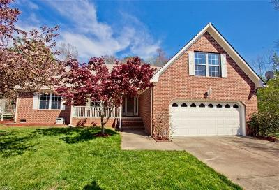 Hampton Single Family Home New Listing: 13 Appaloosa Ct