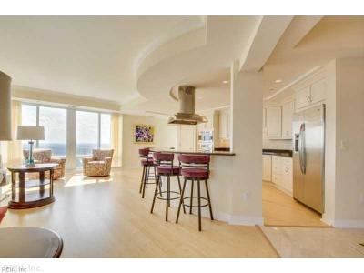 Virginia Beach Single Family Home New Listing: 4545 Commerce St #3204