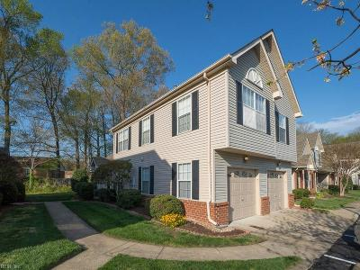Chesapeake Single Family Home New Listing: 320 South Hill Ln