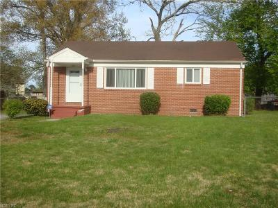 Suffolk Single Family Home New Listing: 1001 Truman Rd