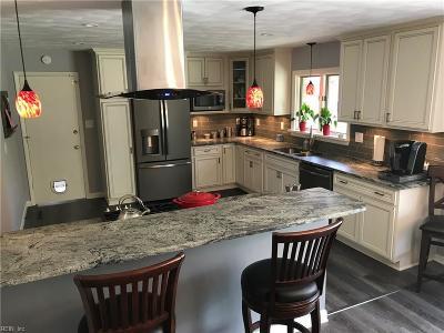 Norfolk Single Family Home New Listing: 436 Suburban Pw
