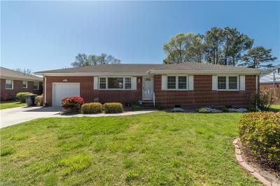 Virginia Beach Single Family Home New Listing: 4633 Miles Standish Rd