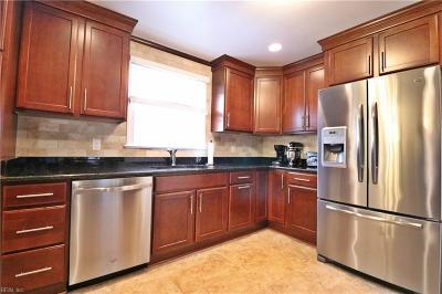 Virginia Beach Single Family Home New Listing: 1113 Bluebird Dr