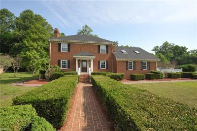 Suffolk Single Family Home New Listing: 4540 Starcher Ct