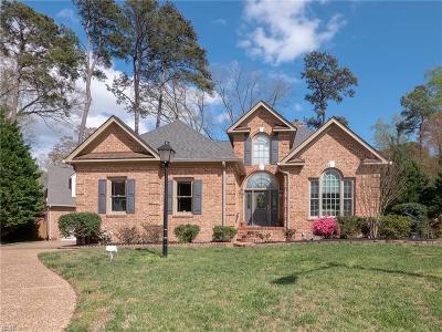 Newport News Single Family Home For Sale: 404 Comfort Cv