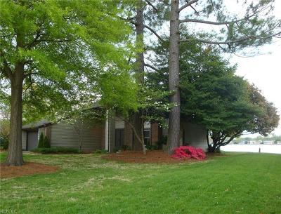 Virginia Beach Single Family Home New Listing: 1496 Lake Christopher Dr