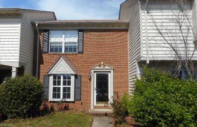 Chesapeake Single Family Home New Listing: 806 Elgin Ct