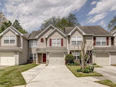 Chesapeake Single Family Home New Listing: 158 Horse Run Dr