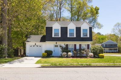 Hampton Single Family Home New Listing: 23 Michaels Woods Dr