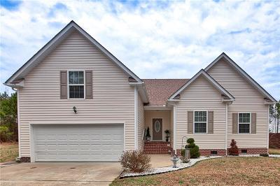 Chesapeake Single Family Home New Listing: 136 Hickory Ridge Rd