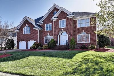 Hampton Single Family Home Under Contract: 7 Naturewood Cir