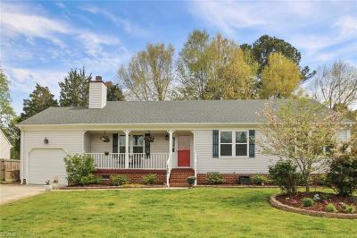 Chesapeake Single Family Home New Listing: 709 Sand Drift Ct