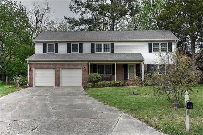 Virginia Beach Single Family Home New Listing: 716 Runnymede Cir