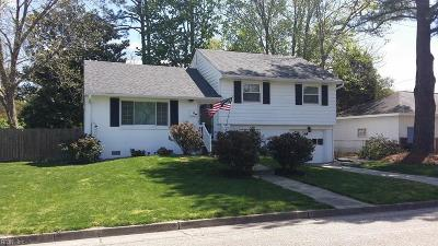 Hampton Single Family Home New Listing: 24 Lancaster Ter