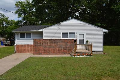 Portsmouth Single Family Home New Listing: 5 Gatling Ct
