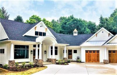 Williamsburg Single Family Home For Sale: 136-B Killarney