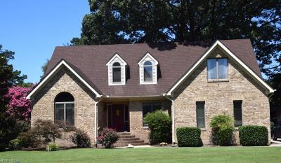 Suffolk Single Family Home For Sale: 4049 Sadler Dr