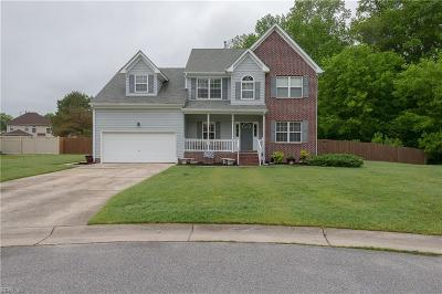Suffolk Single Family Home For Sale: 217 Princess Arch