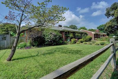 Norfolk Single Family Home For Sale: 235 E Evans St