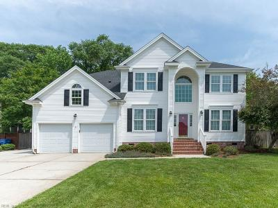 Chesapeake Single Family Home For Sale: 2113 Chesterfield Loop