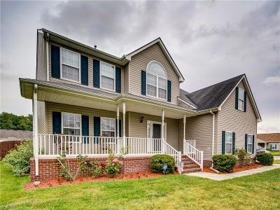 Suffolk Single Family Home New Listing: 214 Crown Arch
