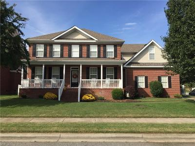 Chesapeake Single Family Home New Listing: 1312 Woodview Lair