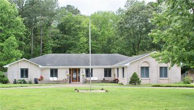Virginia Beach Single Family Home New Listing: 1121 Blackburn Ln
