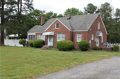 Suffolk Single Family Home New Listing: 2564 Pruden Blvd