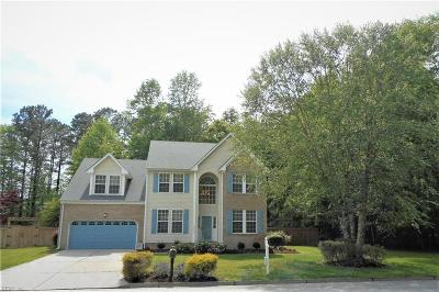 Suffolk Single Family Home New Listing: 1013 English Oak Dr
