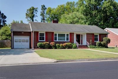 Hampton Single Family Home New Listing: 6 Omera Pl