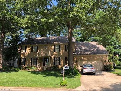 Chesapeake Single Family Home New Listing: 721 Aguila Dr