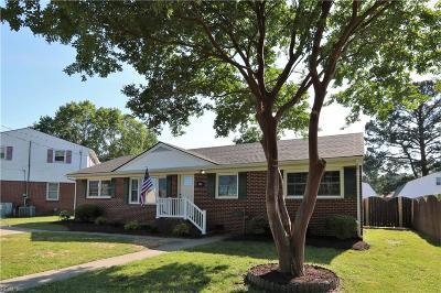 Hampton Single Family Home New Listing: 203 Dover Rd