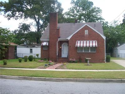 Suffolk Single Family Home New Listing: 506 S Main St