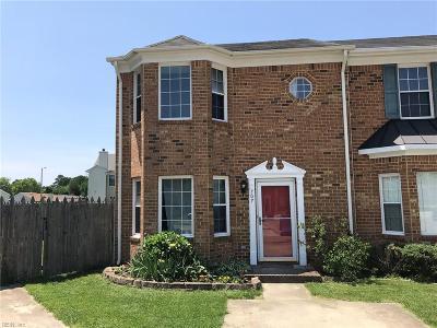 Chesapeake Single Family Home New Listing: 707 Byrd Ct