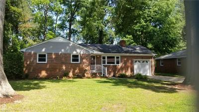 Chesapeake Single Family Home New Listing: 908 Hollywood Dr