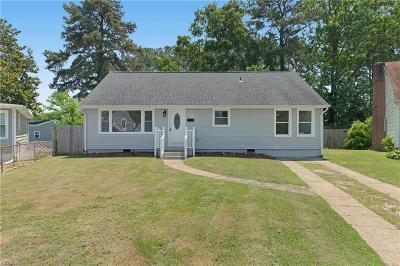 Norfolk Single Family Home New Listing: 5200 River Oaks Ct