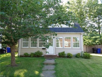 Portsmouth Single Family Home New Listing: 45 Gillis Rd