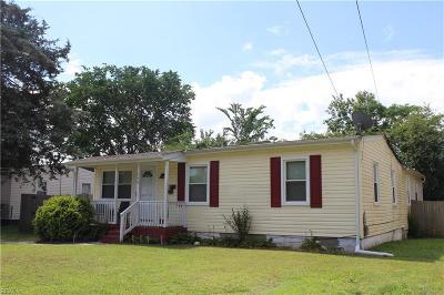 Portsmouth Single Family Home New Listing: 148 Allard Rd