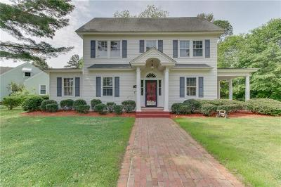 Suffolk Single Family Home New Listing: 905 Virginia Ave