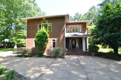 Chesapeake Single Family Home For Sale: 508 Fordsmere Rd