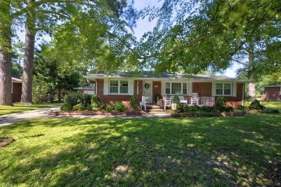 Chesapeake Single Family Home New Listing: 3920 Wedgewood Cir